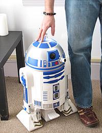 R2_trashcan_other